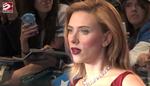 Scarlett Johansson avvistata mentre bacia Colin Jost